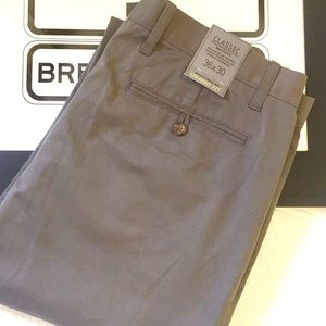 NWT Gap Straight Fit Classic Khaki Chino Gray